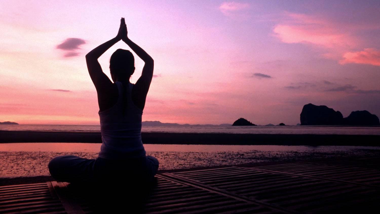 le yoga fait partie intégrante des recommandations que nous offrons aux patients de la Clinique Chiropratique Dominique Dufour